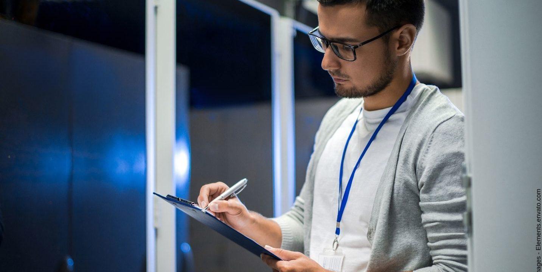 Was vor allem Startups beim kaufen eines Serverschranks beachten sollten